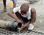 África: três vezes mais celulares do que acesso a água encanada