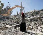 Palestinos forçados a demolirem suas próprias casas