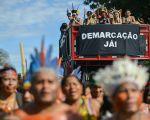 Indígenas entregam carta a novo governo